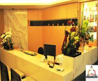 我們採用名師設計的掛號櫃檯,拉近與病患的距離,維繫良好醫病關係!